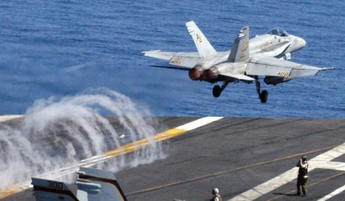 US_Navy_FA_18-1.jpg