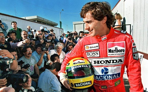 Ayrton-Senna_25year.jpg