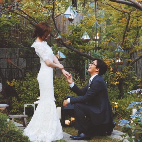 Bae-Yong-Joon-and-Park-Soo-Jin.png