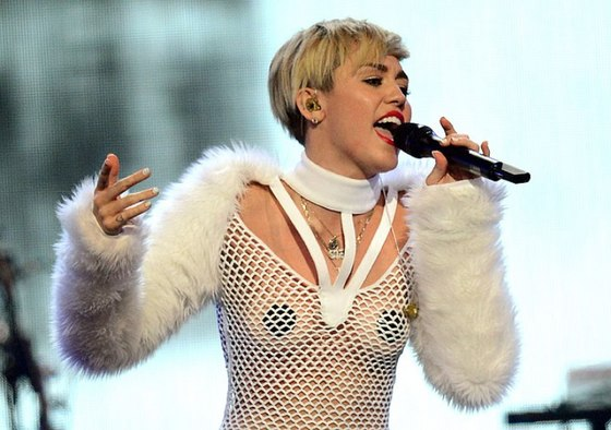 Miley-cyrus-10043.jpg