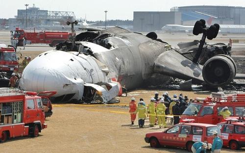 airplane-crash-3.jpg