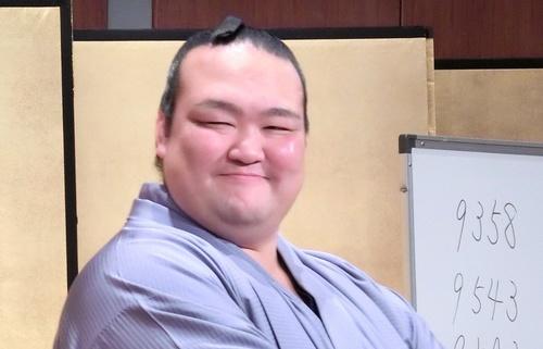 kisenosato_tweet.jpg