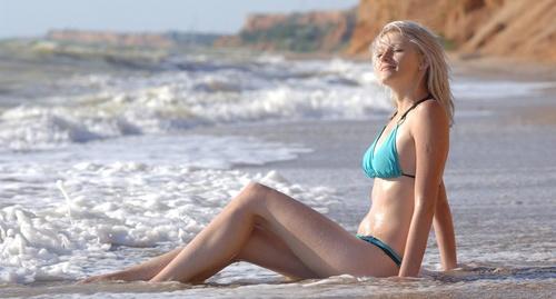 micro_bikini-2.jpg