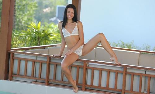 wow_bikini_63.jpg